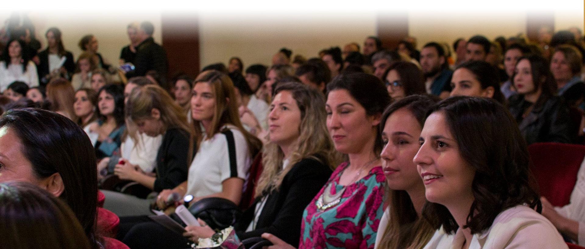 Participá de las charlas informativas para estudiar Diseño de Indumentaria y Diseño de Interiores